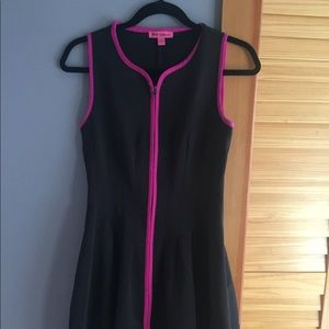 Betsy Johnson Black dress with pink outline 4